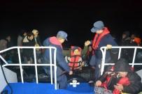 Ayvalık'ta 34 Düzensiz Göçmen Sahil Güvenlik Ekiplerine Yakalandı