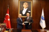 KADIR TOPBAŞ - Eski İBB Başkanı Kadir Topbaş'tan Başkan Akgün'e Ziyaret