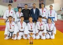 Gemlik Belediyespor Judoda Ümitler 1. Liginde