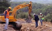 OSMAN GÜRÜN - Kavaklıdere'de 30 Günde 2 Bin Metre Kanalizasyon Hattı Döşendi
