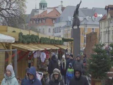 Varşova'da Geleneksel Yeni Yıl Festivali Başladı