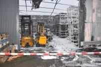 HAMBURG - Almanya'da Türk Firmasının Deposu Kundaklandı