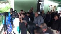 Babası Tarafından Öldürülen Kadının Cenazesi Toprağa Verildi