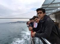 Çekmeköy Belediyesinden Liseli Öğrencilere Boğaz Turu