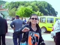 CENAZE ARACI - İstanbul'da Babasının, Uykuda Öldürdüğü Kadın Toprağa Verildi
