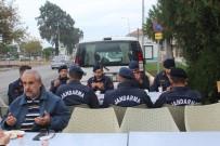 KARAVAN - Görme Engelli Esnaftan Barış Pınarı Harekâtı'na Anlamlı Destek