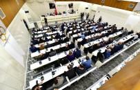 BÜTÇE AÇIĞI - İzmir'de ESHOT Bütçesi Oylandı