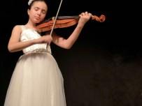 Küçük Keman Sanatçısı Elif, Başkent Orkestrası İle Ankara'da