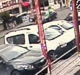 (ÖZEL)Yol Üzerinde Bekleyen Genç Kıza Araba Böyle Çarptı