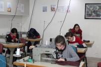 TEKSTİL SEKTÖRÜ - Tosya'da Tekstil Sektörüne Ara Eleman Yetiştirmek İçin Moda Tasarımı Bölümü Açıldı