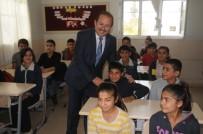 ALİ HAMZA PEHLİVAN - Vali Pehlivan'dan Katran Ortaokulu Ve Gençlik Merkezi'ne Ziyaret