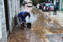 YAĞIŞ UYARISI - Meteorolojiden Fırtına Ve Kuvvetli Yağış Uyarısı
