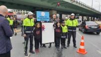 Öğrenciler Trafik Magandalarında 'Artık Yeter' Dedi