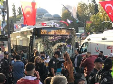 Beşiktaş'ta otobüs durağa daldı: 9 yaralı