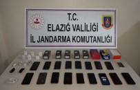 Elazığ'da Kaçakçılıkla Mücadele, Telefonlar Ele Geçirildi