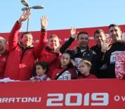 Vodafone 41. İstanbul Maratonu'na Beşiktaş Belediye Başkanı Akpolat Da Katıldı