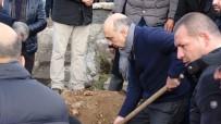 SEZGİN TANRIKULU - Bülent Kerimoğlu'nun Babası Ardahan'da Toprağa Verildi
