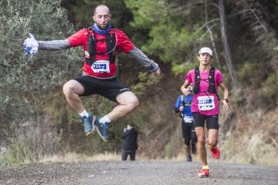 Kaz Dağları'nı 103 Kilometre Koşarak Gezdiler