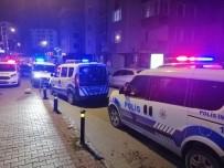 LÜTFİ KIRDAR - Maltepe'de İki Grup Arasında Silahlı Kavga