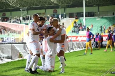 Süper Lig Açıklaması A. Alanyaspor Açıklaması 2 - MKE Ankaragücü Açıklaması 0 (İlk Yarı )