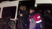 İstanbul'da 70 Kaçak Göçmen Yakalandı