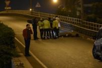 CENAZE ARACI - İzmir 'De Feci Kaza Açıklaması 1 Ölü