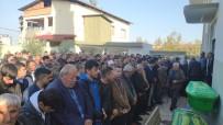 AHMET YıLMAZ - Kazada Ölen Kuzenler Yan Yana Defin Edildi
