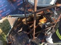 Manavgat'ta Çatı İzolasyonu Yangına Sebep Oldu