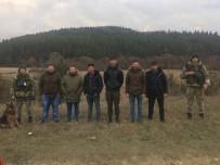 TACIKISTAN - Ukrayna-Polonya Sınırında 6'Sı Türk 7 Kişi Gözaltına Alındı