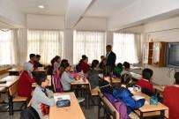Vali Gürel Okulları Ziyaret Ederek Öğrencilerle Bir Araya Geldi