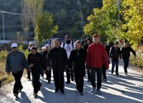 Vali Şentürk İle Birlikte İki Günde 16 Kilometre Yürüdüler