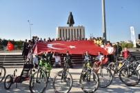 Bisikletle 550 Kilometre Pedal Çevirip 10 Kasım'da Anıtkabir'e Ulaşacaklar