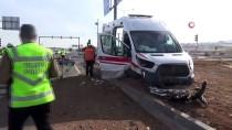 Elazığ'da Ambulans İle Otomobil Çarpıştı Açıklaması 7 Yaralı