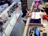 AZERI - Hırsızlık Zanlısı Kadın Çaldığı Telefonlarla Yakalandı