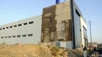 Kahramanmaraş'ta İskele Halatının Kopması Sonucu 2 İşçi Yaralandı