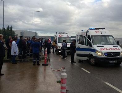 Kocaeli'de kimya fabrikasında çıkan yangında 3 kişi yaralandı