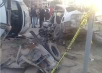 Otomobille Minibüs Çarpıştı Açıklaması 1 Ölü, 1 Yaralı