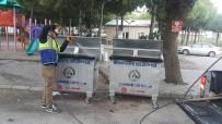 Burhaniye'de Çöp Konteynırları Periyodik Olarak Temizleniyor.