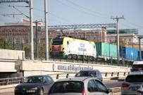 YÜK TRENİ - Çin'den Gelen Yük Treni Tarihi Geçiş İçin Hareket Saatini Bekliyor