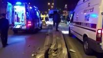 Fabrika Servis Minibüsünün Direğe Çarpması Sonucu 10 Kişi Yaralandı