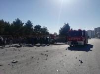 FURKAN DOĞAN - Okul Önünde Meydana Gelen Kazada Faciadan Dönüldü