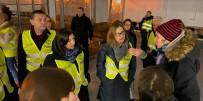 EMMANUEL MACRON - Fransa Polisi Paris'teki Göçmen Kampını Boşalttı