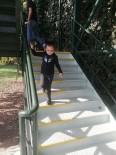 İzmit'te Merdivenler Bakımdan Geçiyor