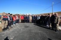 BAYBURT ÜNİVERSİTESİ REKTÖRÜ - Jandarmanın Kuruluş Yıl Dönümü Etkinlikleri Kapsamında Bayburt'ta Fidan Dikildi