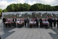 MESLEK LİSESİ - Lise Öğrencilerine Çanakkale Şehitliği'nde Tarih Dersi