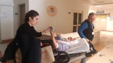 Siirt'te Traktör Devrildi Açıklaması 5 Yaralı