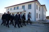 BAYBURT ÜNİVERSİTESİ REKTÖRÜ - Vali Epcim, Açık Cezaevi İnşaatında İncelemelerde Bulundu