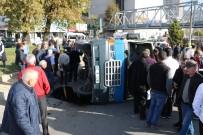 Yolcu Minibüsü Devrildi Açıklaması 11 Yaralı