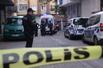Zeytinburnu'nda Cinnet Getiren Baba Dehşet Saçtı Açıklaması 3 Yaralı