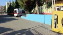 Adana'da Bıçaklandığını Ailesinden Saklayan Kız Öğrenci Hastaneye Kaldırıldı